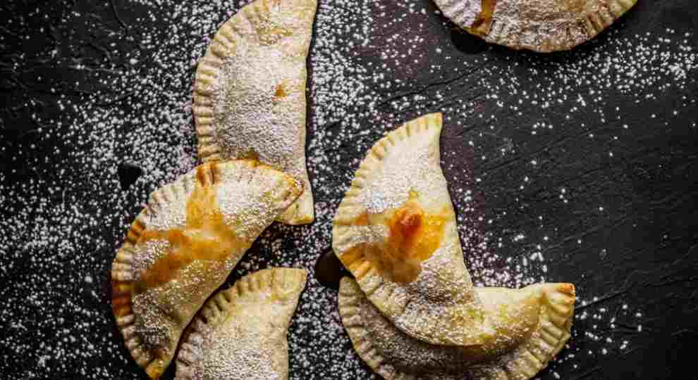 Baked empanadas stuff with guava jam
